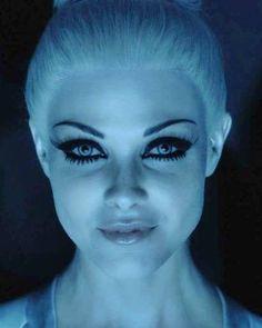 Tron Movie Makeup Secrets - ELLE