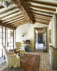 French Country Life/Cottage