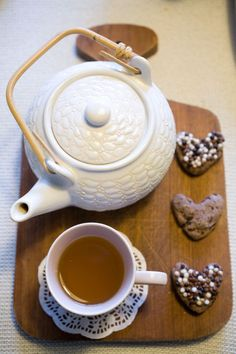 Let's have tea and cookies