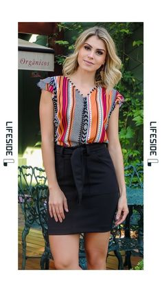 LIFESIDE   Moda Feminina Preview Primavera 2018. Blusa estampada para o look de trabalho. #Fashion  #ModaFeminina #LookDoDia #Looks #ModaPrimaveraVerao #Lifeside #Lookbook Spring Summer 2019 Lookbook #Moda #Fashion  #OOTD #SpringSummer2019 #Look #Estilo #Style Teen Fashion, Korean Fashion, Womens Fashion, Look Office, Curvey Women, Trendy Tops For Women, Classy Outfits, Blouse Designs, Short Sleeve Dresses