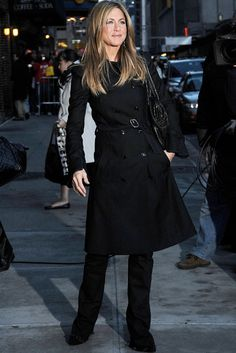 The Simply Luxurious Life: Rules Of Style – Jennifer Aniston