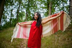 White scarf with a red embroidery. All the textile come from the Oaxaca region in Mexico. natural materials, hand woven on the looms. Each piece is original. White Scarves, Hand Weaving, Textiles, Embroidery, Wool, Natural Materials, Red, Household, Cotton