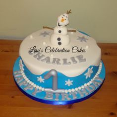 """10"""" round sponge with a fondant Olaf on top."""