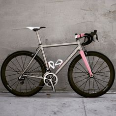 Passoni Titanium bike - Road Bike - Ideas of Road Bike Bicycle Paint Job, Bicycle Painting, Buy Bike, Bike Run, Titanium Road Bike, Pink Bike, Specialized Bikes, Road Bike Women, Bike Seat