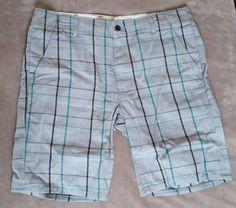 Levis Mens Shorts NWT Chino Plaid NEW Gray  #Levis #KhakisChinos
