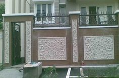 40 Minimalist Wall Fence Models - Speaking of building a house, there are many things that we must pay attention . Fence Wall Design, Front Wall Design, Main Gate Design, Entrance Design, Design Your Dream House, House Design, Boundry Wall, Balcony Grill Design, Compound Wall Design