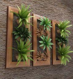 Lindo painel vertical de madeira de demolição. Eles combinam em diversos ambientes.