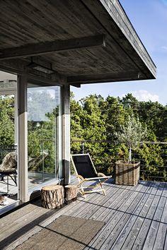 Skandinavisk Sommarvilla - www.sommarnojen.se #architecture #summerhouse #view