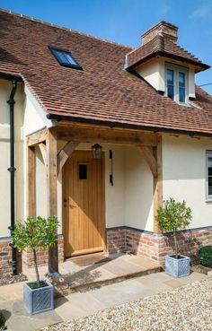 ideas for front door porch extension border oak Bungalow Exterior, Cottage Exterior, Exterior House Colors, Front Door Porch, Front Porch Design, Front Door Canopy, Oak Front Door, Side Door, Cottage Porch