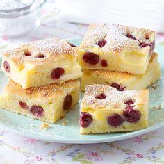 Kleckselkuchen mit Pudding & Kirschen Rezept