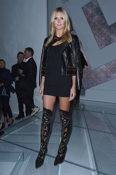Heidi Klum Photos Photos - Heidi Klum attends the Versace show during the Milan Fashion Week Womenswear Spring/Summer 2015 on September 19, 2014 in Milan, Italy. - Front Row at Versace