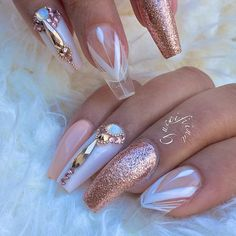 """7,945 Likes, 33 Comments - ˢᴬᴺᴰᵞ ᴸᴱ〰ᴳᵁᶜᶜᴵ_ᶠᴵᴵᴺᴬ (@fiina_naillounge) on Instagram: """"What do you think ? This set is done with tips or extension ?…"""""""