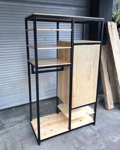 Wooden Wardrobe, Wardrobe Furniture, Iron Furniture, Steel Furniture, Furniture Design, Bedroom Closet Design, Closet Designs, Home Decor Bedroom, Interior Design Presentation