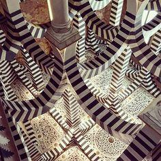 Rocchetta Mattei 🕌 #rocchetta #castle #architecture #geometry #colors #shapes #light #beautiful #amazing #travel #travelling #travelphotography #travelgram #traveling #picoftheday #adventure #wanderlust
