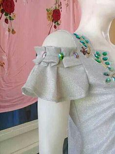 I think i want to make all my sleeves petal tulip sleeves = salvabrani salvabrani – Artofit Saree Blouse Neck Designs, Dress Neck Designs, Sleeve Designs, Kurti Sleeves Design, Sleeves Designs For Dresses, Frock Design, Dress Sewing Patterns, Clothing Patterns, Sewing Sleeves