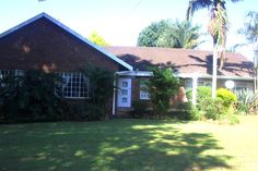 Beit Lechem Bed and Breakfast Bed & Breakfast in Oak Park, Pietermaritzburg Area, KZN See more http://www.wheretostay.co.za/beitlechem-bed-and-breakfast-accommodation-oak-park-pietermaritzburg  Situated in a beautiful tranquil suburb, surrounded by lush vegetation and numerous bird species. Five rooms available, equipped with TV, microwave, fridge, free wifi.