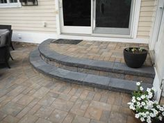 Mix and match your Cambridge Pavingstones to make your landscaping this upcoming spring pop! Front Door Steps, Paving Stones, Outdoor Living, Outdoor Decor, Landscape Walls, Walkways, Cambridge, Color Mixing, Brick