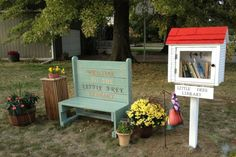Little Free Libraries are cropping up all over the place. Do you have one in your neighborhood? I was delighted when I stumbled upon a Little Free Library in our neighborhood.