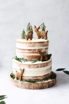 vegan lemon elderflower cake with chai spice biscuits . cake Lemon & Elderflower Cake with Chai Spice Biscuits - Cupful of Kale Vegan Cake, Vegan Desserts, Dessert Recipes, Cake Recipes, Lemon Recipes, Holiday Baking, Christmas Baking, Food Cakes, Cupcake Cakes