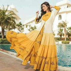 Rayon Kurti with Jacket Indian Gowns, Indian Fashion Dresses, Pakistani Dresses, Indian Outfits, Indian Wear, Indian Style, Evening Gowns Online, Designer Evening Gowns, Designer Dresses