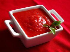 Molho de tomate com beterraba