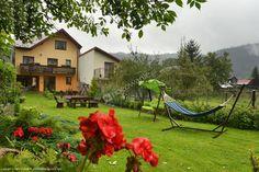 Polecamy Pokoje Gościnne Śledź w Krościenku nad Dunajcem, które oferują Turystom m.in. duży ogród do wypoczynku. Szczegóły: http://www.nocowanie.pl/noclegi/kroscienko_nad_dunajcem/kwatery_i_pokoje/65551/ #nocowaniepl