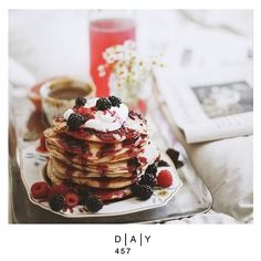 l DAY 457 I  To celebrate Candlemas' day as we do, discover crepes and pancakes from around the world with the American pancake, the Baghrir from Maroc, the Mexican tortilla and many more ... http://www.elle.fr/Elle-a-Table/Les-dossiers-de-la-redaction/Dossier-de-la-redac/Crepes-et-galettes-du-monde-entier