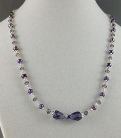 Collar perlas y cristal en alambre, con 2 gotas en línea perf vertical. Ensayar