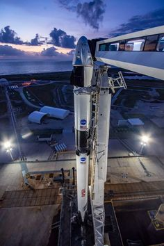 Nasa Spacex, Spacex Starship, Spacex Rocket, Spacex Dragon, Spacex Falcon 9, Falcon 9 Rocket, Kennedy Space Center, Nasa Astronauts, International Space Station