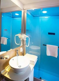 Shower booth and washing basin