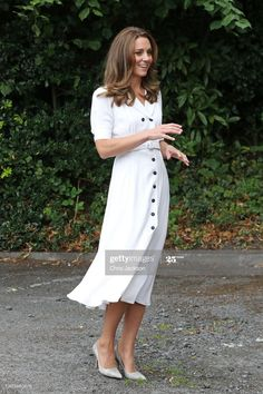 Best Summer Dresses, White Dress Summer, Prince William And Kate, William Kate, Wimbledon, Moda Kate Middleton, Sheffield, Queen Vic, Herzogin Von Cambridge