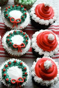 Christmas cupcakes are not only yummy, but they look fun, too. Just decorate the desserts with Christmas trees and garlands. See more ideas here.