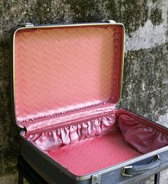 American Tourister Heather Gray 20 Inch Suitcase Rose Pink Quilted Satin Lining - http://oleantravel.com/american-tourister-heather-gray-20-inch-suitcase-rose-pink-quilted-satin-lining