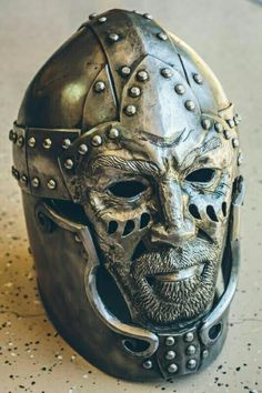 Elmi is a gorgeous helm I found on Armour Archive. Warrior Helmet, Helmet Armor, Arm Armor, Body Armor, Medieval Weapons, Medieval Knight, Medieval Fantasy, Ancient Armor, Art Roman