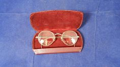 Antique 1/10 12K G.F. Wire Children's Eyeglasses w/MOP Nose Pads & Leather Case