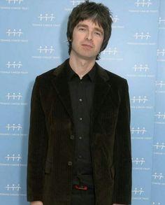 d61e2d753f 74 Best Noel Gallagher images