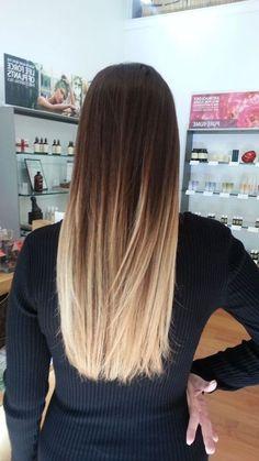 mittellange frisuren, schwsrze bluse, lange haare, ombre effekt