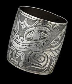 ) Sea Bear Bracelet, late century silver x x cm McMichael Canadian Art Collection, Purchase Photo: Trevor Mills, Vancouver Art Gallery Haida Kunst, Haida Art, Native Art, Native American Art, Vancouver Art Gallery, Inuit Art, Native Design, American Indian Jewelry, Indigenous Art