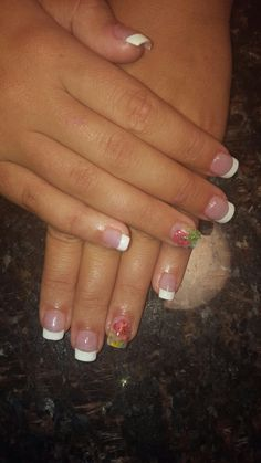 Nails French shellac flowers