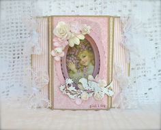 Cathrines hjerte. Shakercard made with papers from Pion.
