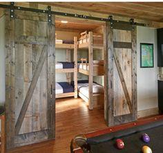 Rustic Kids Bedroom with Interior barn doors, Triple bunk beds, Rustica hardware z barn door Kid Beds, Bunk Beds, Traditional Family Rooms, Traditional Kitchen, Barn Door Designs, Bunk Rooms, Modern Rustic Homes, Rustic Houses, Family Room Design