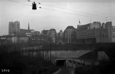 1930, Cantersteen - Brussels central station area. No Galerie Ravenstein yet (1954) and the Central Station was under work (finished in 1952). #bruxelles #brussel
