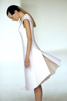 Hussein Chalayan, SS00 Material combination