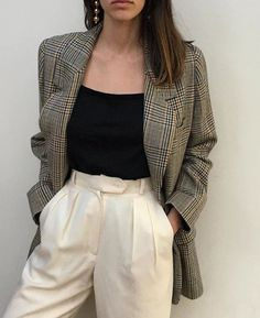 Plaid blazer  Street style, street fashion, best street style, OOTD, OOTD Inspo, street style stalking, outfit ideas, what to wear now, Fashion Bloggers, Style, Seasonal Style, Outfit Inspiration, Trends, Looks, Outfits.