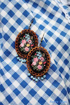 RetroBijou / Naušničky inšpirované folklorom Pocket Watch, Pendant Necklace, Retro, Handmade, Accessories, Jewelry, Souvenir, Hand Made, Jewlery