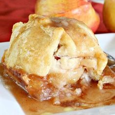 Peach Pie Bars – Can't Stay Out of the Kitchen Apple Desserts, Apple Recipes, Just Desserts, Fall Recipes, Delicious Desserts, Dessert Recipes, Yummy Food, Dump Recipes, Easter Desserts