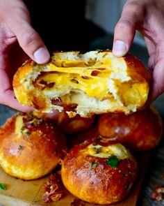 Yammie's Noshery: Cheddar Bacon Stuffed Pretzel Buns