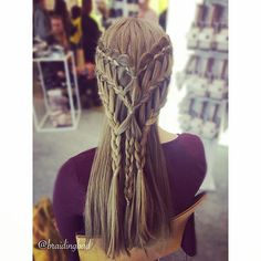 """Heli sanoo Instagramissa: """"Throwback to @iloveme_official fair and to one of the braids created there at @cailapfi stand. A fitting braid for a Viking or a Game of…"""""""