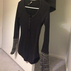 Free People Alpine Cuff Thermal in Black NWOT  Free People Tops