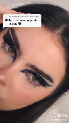 Makeup Gothic, Punk Makeup, Edgy Makeup, Grunge Makeup, Eye Makeup Art, Skin Makeup, Makeup Inspo, Eyeshadow Makeup, Beauty Makeup